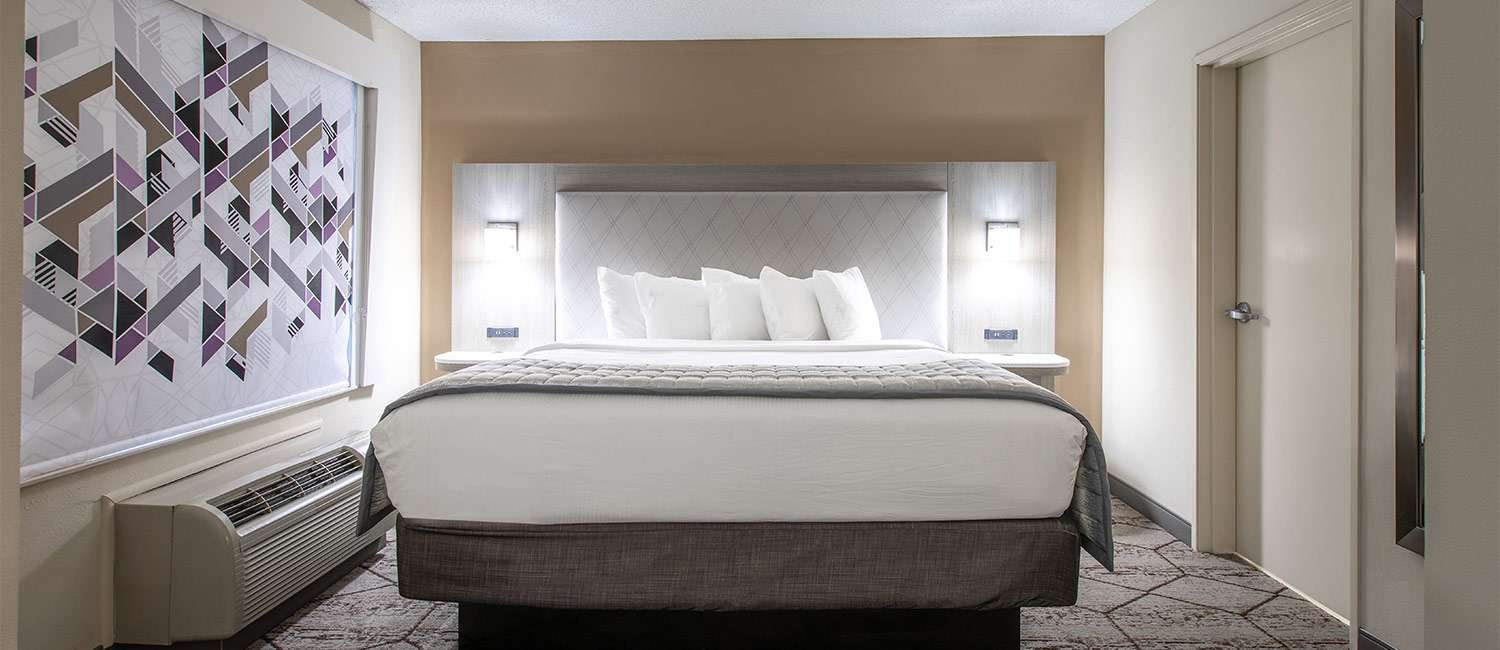 BOOK AN ELEGANT SUITE AT OUR CONCORD/ CHARLOTTE, NC HOTEL