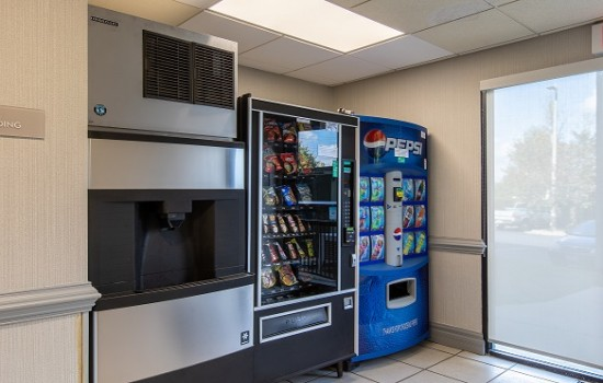 Welcome To Wingate by Wyndham Concord Charlotte Area Hotel - Vending