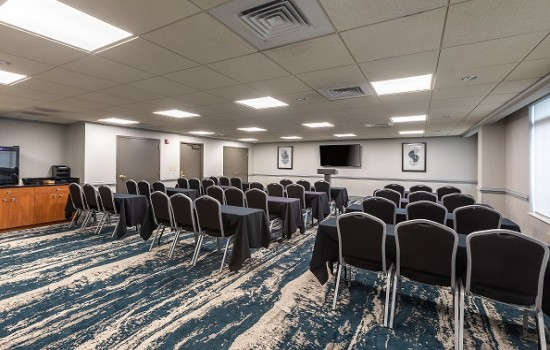 Welcome To Wingate by Wyndham Concord Charlotte Area Hotel - Conference Room